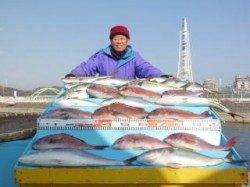 マリーナシティ海洋釣り堀で今年の初釣り大成功!!