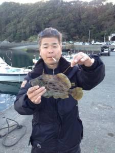 丸島でイイサイズのカワハギゲット!