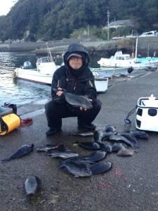 白崎でフカセ釣り、良型グレも釣れました!!大漁です!!!