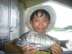 ウキ釣りでチヌとタナゴの釣果 姫路市立遊漁センター