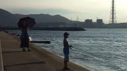 小島にてカマゲー。渋いなりになんとか釣れました(=゚ω゚)ノ