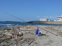 新浜漁港 10時満潮の込み潮を狙って投げ釣りでキス狙い
