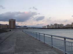 南芦屋浜 西風強風のため東面に釣行 ライトショアジギングでイシモチ
