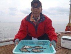 神戸市立須磨海づり公園 ウキ流し釣りでメバル