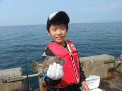 北港釣り公園 カワハギ18cmの釣果