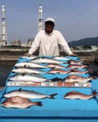 和歌山マリーナシティ海洋釣り堀 メジロ、マダイ!