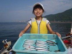 神戸市立須磨海づり公園、サビキでイワシ釣り
