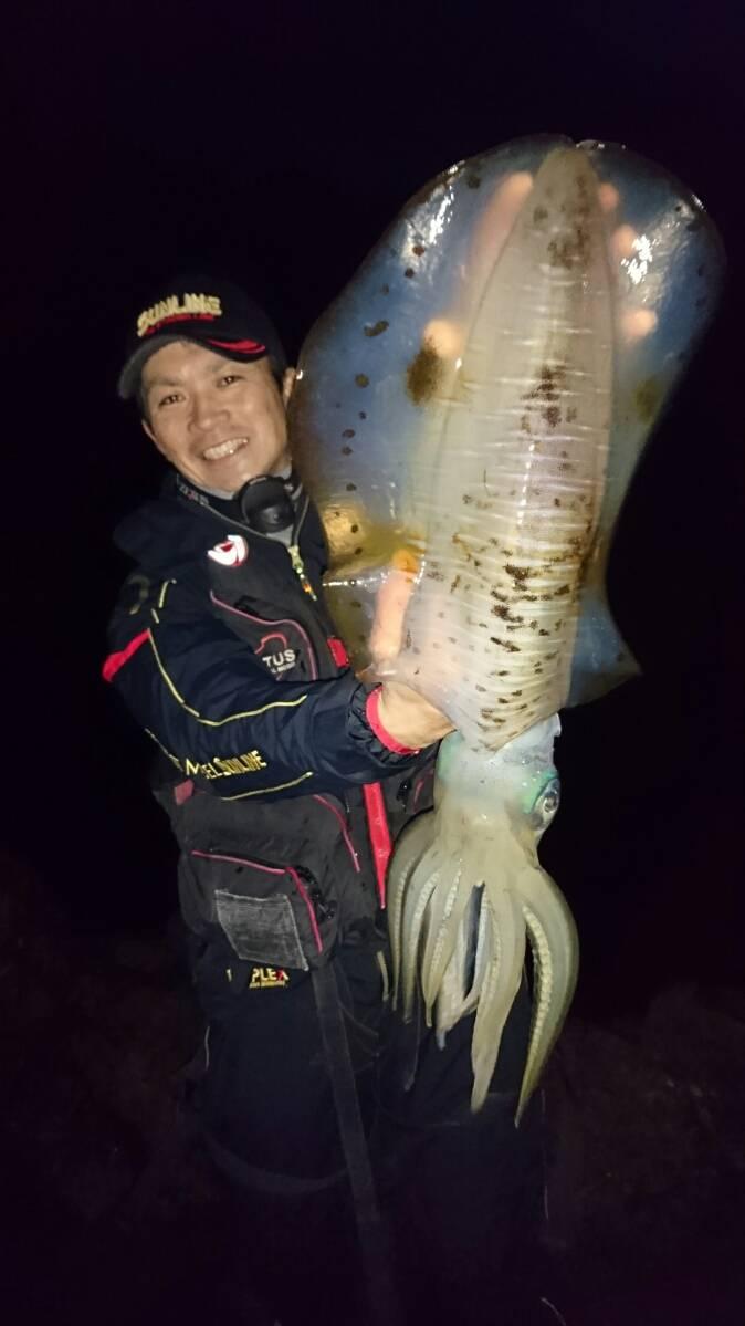 アオリイカの浮き釣りは初めてでも釣れる!【角田裕介氏連載記事浮きアオリイカ釣り 第4弾】